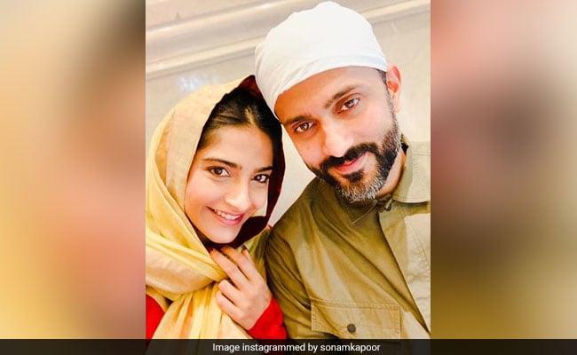 Sonam Kapoor's Mushy Selfie With Husband Anand Ahuja Is Winning The Internet